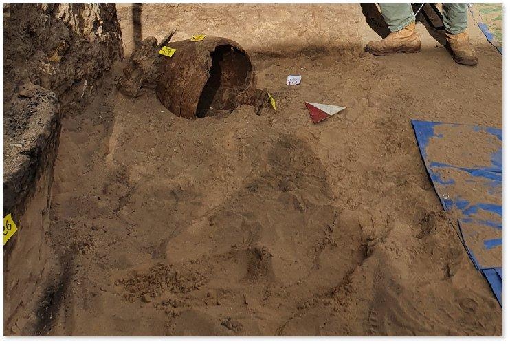 https://www.ragusanews.com//immagini_articoli/02-01-2021/sicilia-fanno-fondamenta-casa-trovano-necrepoli-500.jpg