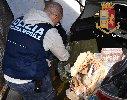 https://www.ragusanews.com//immagini_articoli/02-02-2019/arrestati-albanesi-droga-avevano-chili-hashish-100.jpg