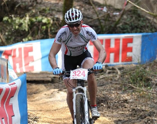 https://www.ragusanews.com//immagini_articoli/02-04-2012/ciclismo-maurizio-mezzasalma-primo-al-traguardo-nei-master-4-500.jpg