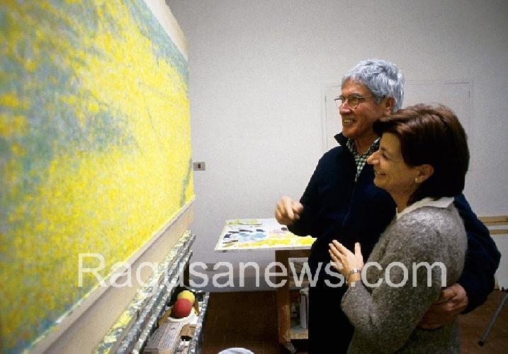 https://www.ragusanews.com//immagini_articoli/02-04-2013/vittorio-sgarbi-gli-80-anni-di-franco-sarnari-500.jpg