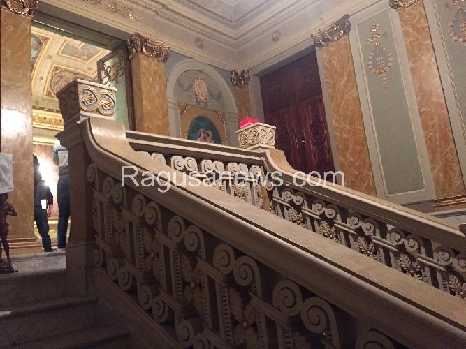 http://www.ragusanews.com//immagini_articoli/02-04-2015/domenica-di-pasqua-apre-palazzo-bonelli-500.jpg