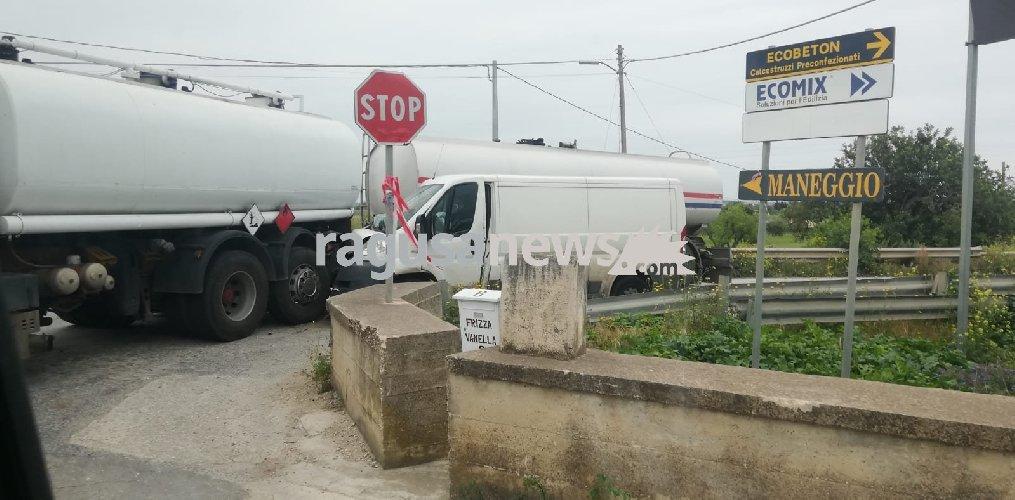 https://www.ragusanews.com//immagini_articoli/02-04-2019/tragedia-sfiorata-pozzallo-ispica-500.jpg