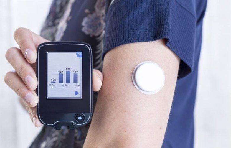 https://www.ragusanews.com//immagini_articoli/02-05-2018/diabete-glicemia-controllata-grazie-telefonino-microchip-500.jpg