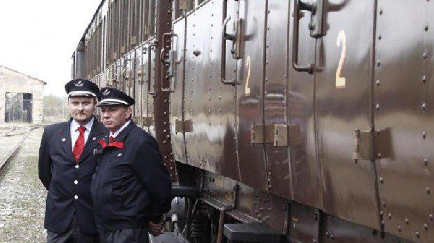 https://www.ragusanews.com//immagini_articoli/02-05-2019/treni-storici-per-tre-giorni-tornano-le-locomotive-a-vapore-500.jpg