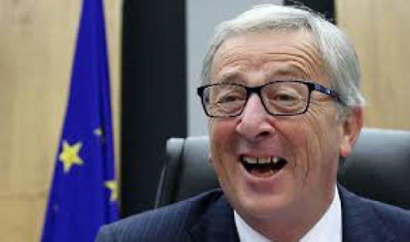 https://www.ragusanews.com//immagini_articoli/02-06-2018/starnazzare-oche-ovvero-stupidita-politica-europea-500.jpg