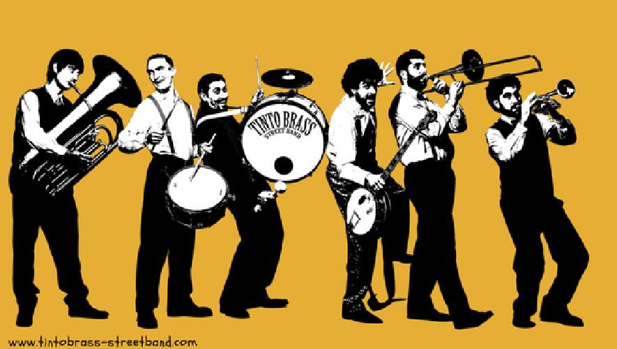https://www.ragusanews.com//immagini_articoli/02-06-2018/tinto-brass-street-band-date-giugno-italia-estero-500.png