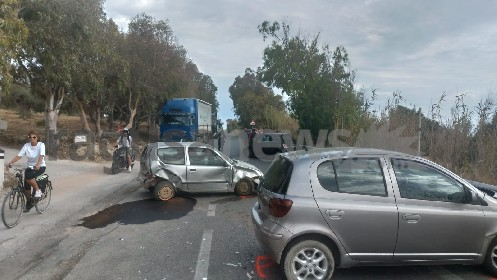 https://www.ragusanews.com//immagini_articoli/02-06-2021/scicli-brutto-incidente-sulla-strada-arizza-bruca-280.jpg