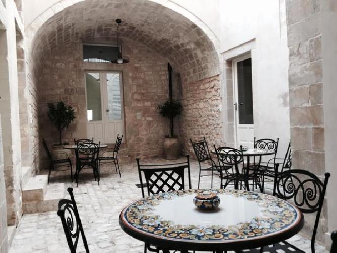 http://www.ragusanews.com//immagini_articoli/02-07-2016/scicli-albergo-diffuso-fra-i-primi-10-in-italia-unico-in-sicilia-500.jpg