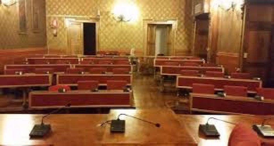 https://www.ragusanews.com//immagini_articoli/02-07-2018/ragusa-confermati-seggi-maggioranza-risultati-500.jpg
