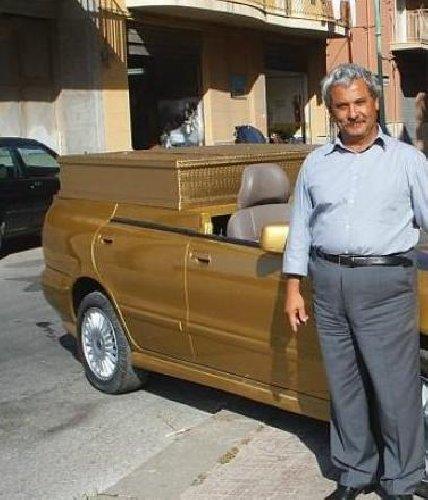 https://www.ragusanews.com//immagini_articoli/02-07-2019/lucauto-a-gela-dava-la-macchina-pure-madonna-500.jpg