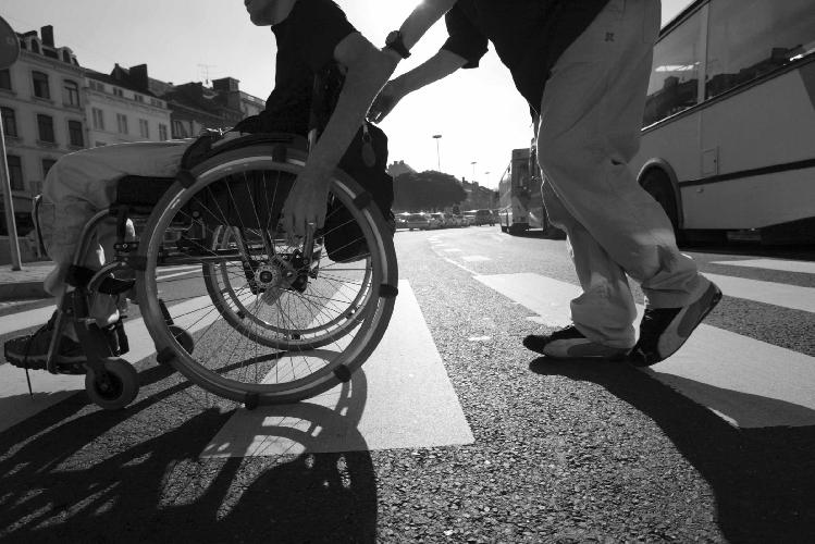 https://www.ragusanews.com//immagini_articoli/02-08-2016/disabili-di-serie-b-500.jpg
