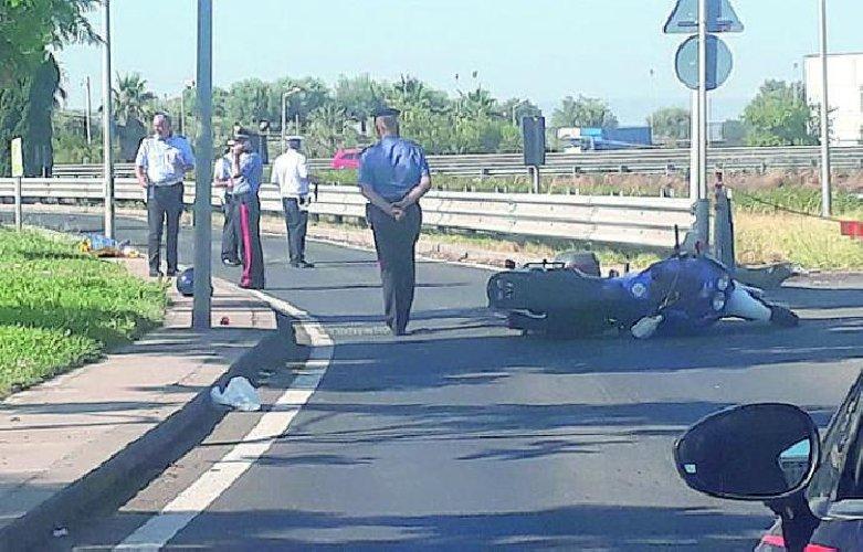 https://www.ragusanews.com//immagini_articoli/02-08-2019/motociclista-cade-e-muore-e-salvatore-ingiulla-55-anni-500.jpg