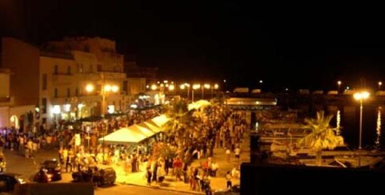 https://www.ragusanews.com//immagini_articoli/02-08-2021/pantelleria-altri-70-positivi-a-una-festa-tre-intubati-280.jpg