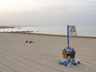 https://www.ragusanews.com//immagini_articoli/02-08-2021/povera-la-mia-marina-di-ragusa-sciatta-280.jpg