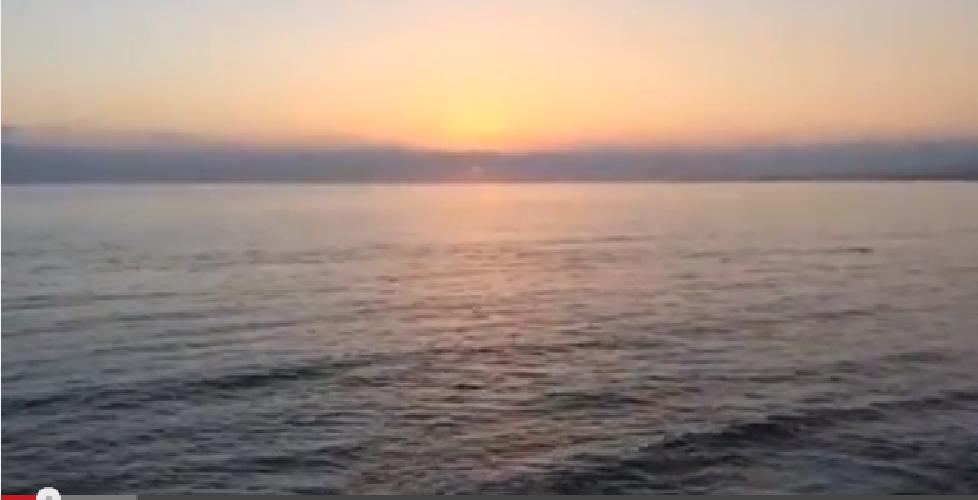http://www.ragusanews.com//immagini_articoli/02-09-2015/il-tramonto-di-cava-d-aliga-su-periscope-500.png