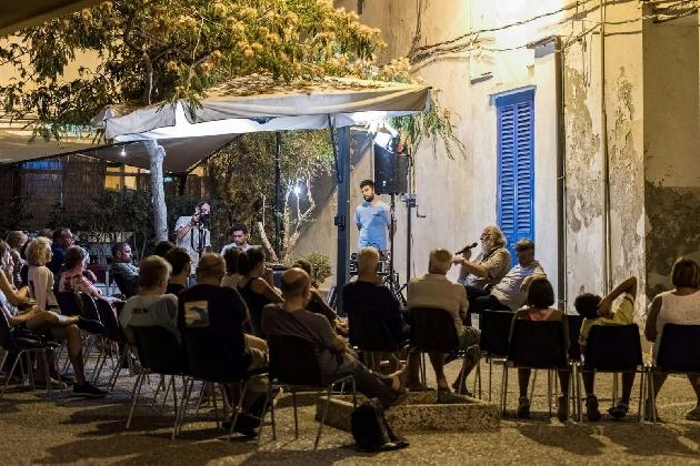 http://www.ragusanews.com//immagini_articoli/02-09-2016/oltremente-festival-itinerari-del-jazz-contemporaneo-420.jpg