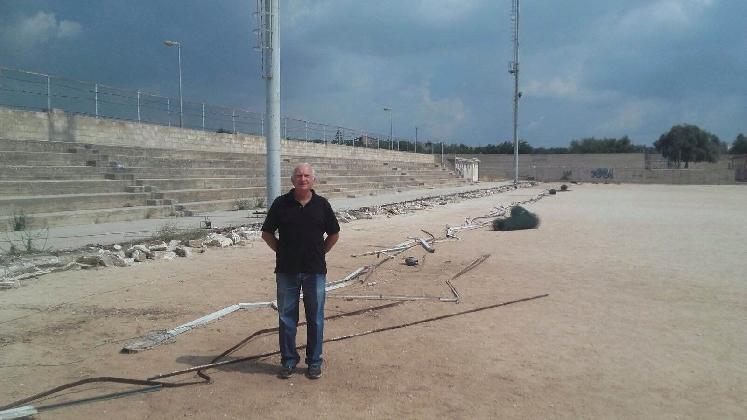 http://www.ragusanews.com//immagini_articoli/02-09-2016/pozzallo-lavori-allo-stadio-e-all-asilo-comunale-420.jpg