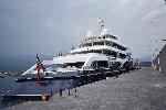 https://www.ragusanews.com//immagini_articoli/02-09-2019/yacht-c-e-il-simphony-proprietario-di-louis-vuitton-100.jpg