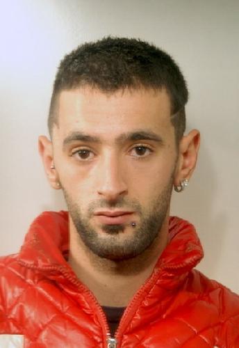 http://www.ragusanews.com//immagini_articoli/02-10-2014/rapina-una-vecchietta-arrestato-500.jpg