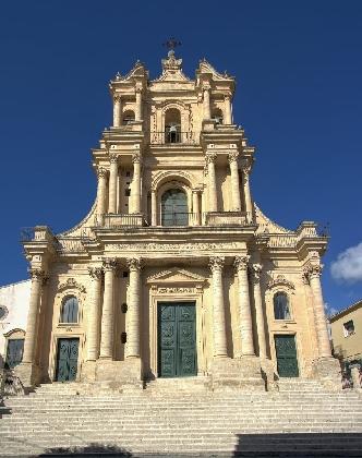 https://www.ragusanews.com//immagini_articoli/02-10-2016/lavori-per-caserma-e-chiesa-a-giarratana-420.jpg