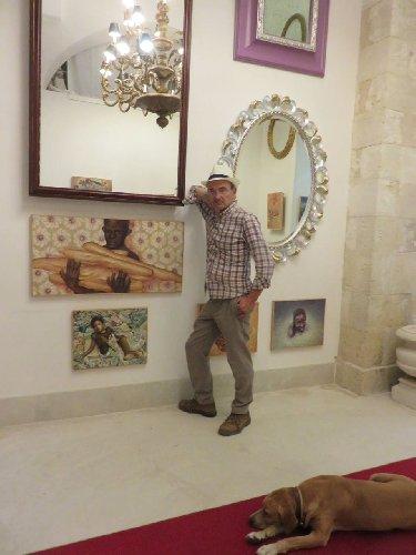 https://www.ragusanews.com//immagini_articoli/02-10-2018/mostra-palazzo-rocca-cenere-teschio-ride-500.jpg