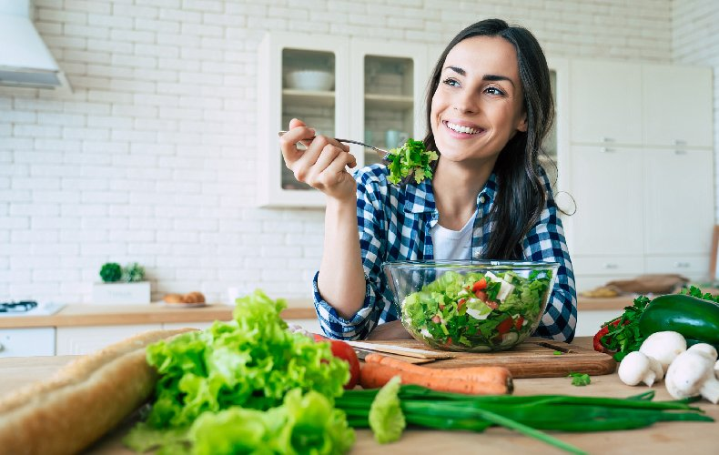 https://www.ragusanews.com//immagini_articoli/02-10-2020/la-dieta-della-mente-felice-500.jpg