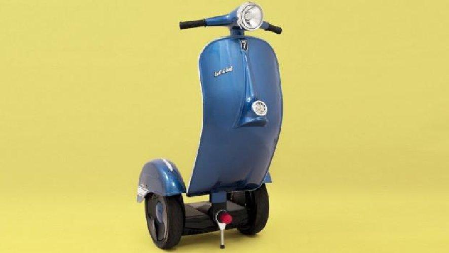 https://www.ragusanews.com//immagini_articoli/02-11-2018/1541196298-zero-scooter-segway-vespa-1-500.jpg