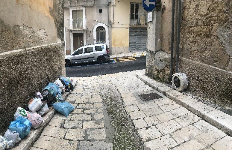 https://www.ragusanews.com//immagini_articoli/02-11-2018/questa-ragusa-500.jpg