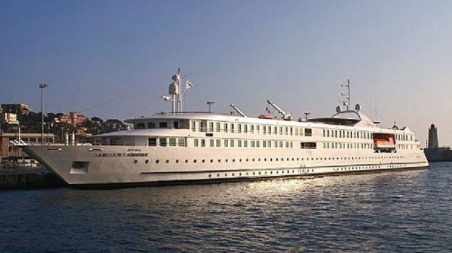 https://www.ragusanews.com//immagini_articoli/02-11-2019/navi-da-crociera-la-belle-de-ladriatique-a-pozzallo-500.jpg