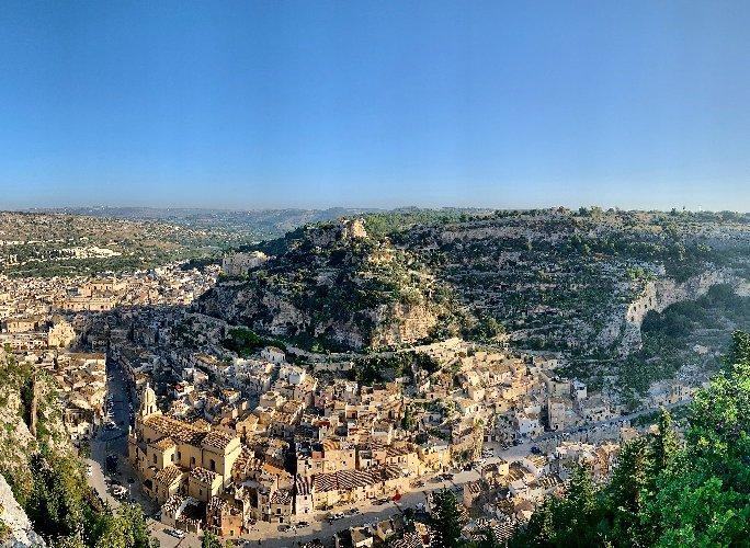 https://www.ragusanews.com//immagini_articoli/02-11-2019/vi-meeting-regionale-vie-sacre-sicilia-a-scicli-500.jpg