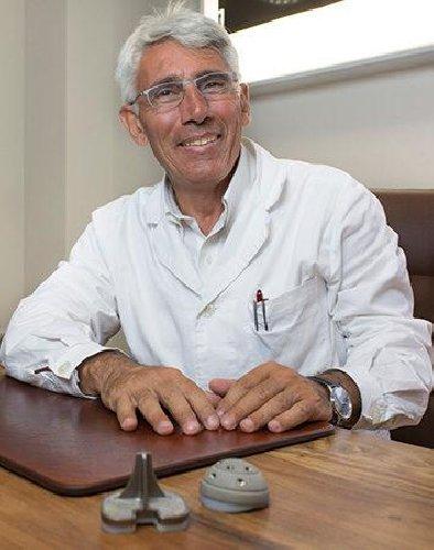 https://www.ragusanews.com//immagini_articoli/02-12-2019/giorgio-sallemi-presidente-regionale-medici-ortopedici-500.jpg
