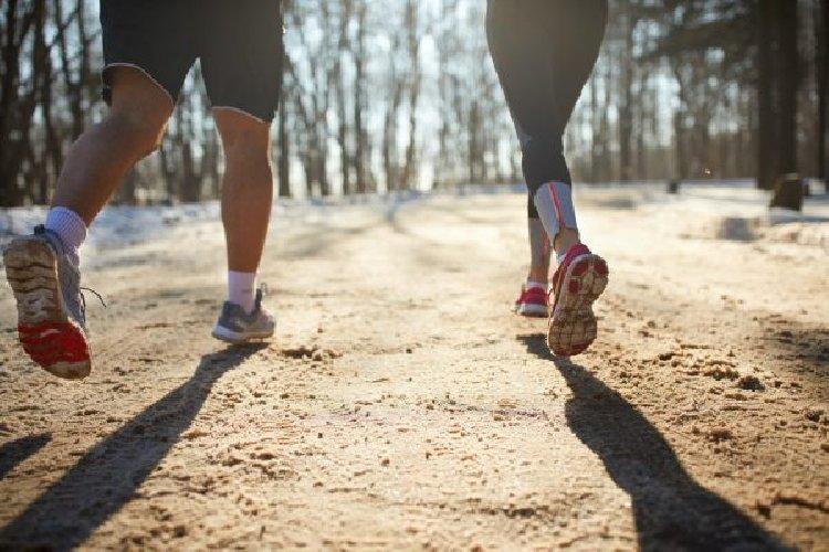 https://www.ragusanews.com//immagini_articoli/02-12-2019/la-dieta-camminata-perdi-4-chili-in-un-mese-500.jpg