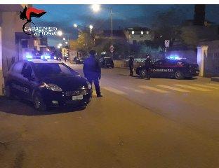 https://www.ragusanews.com//immagini_articoli/02-12-2019/sorpreso-mentre-smontava-scooter-rubati-arrestato-240.jpg