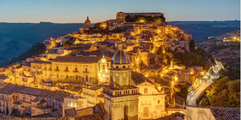 https://www.ragusanews.com//immagini_articoli/02-12-2020/sicilia-gialla-stabile-da-venerdi-le-nuove-regole-500.jpg