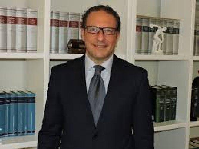 https://www.ragusanews.com//immagini_articoli/03-01-2018/nucleo-valutazione-dirigenti-provincia-ragusa-rivedere-criteri-500.jpg