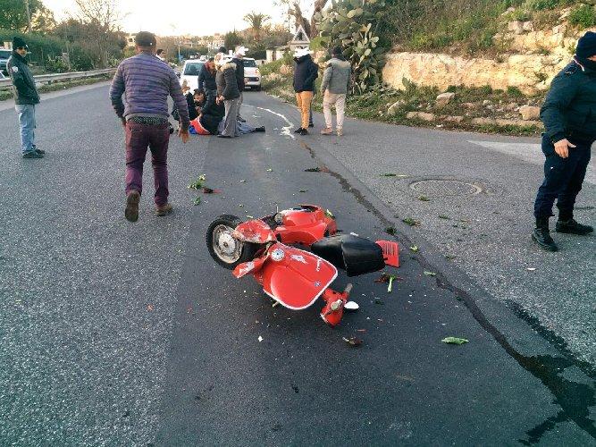 https://www.ragusanews.com//immagini_articoli/03-01-2019/auto-moto-modica-ferito-19enne-grave-500.jpg
