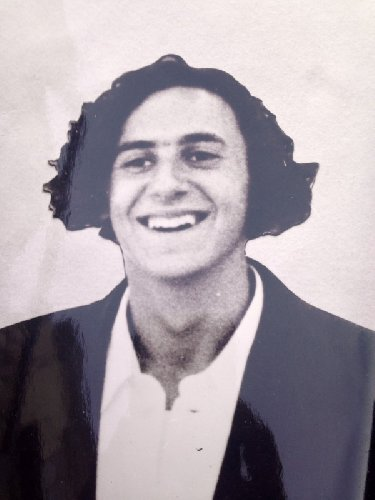 https://www.ragusanews.com//immagini_articoli/03-01-2019/libro-morte-lorenzo-monica-500.jpg