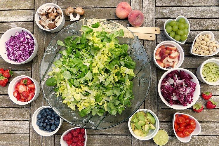 https://www.ragusanews.com//immagini_articoli/03-01-2020/dieta-volumetrica-dimagrire-con-la-densita-calorica-500.jpg