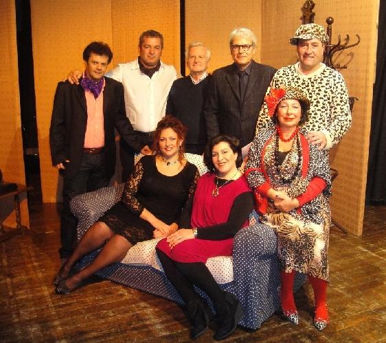 https://www.ragusanews.com//immagini_articoli/03-02-2014/a-ragusa-e-tutto-da-ridere-in-teatro-500.jpg