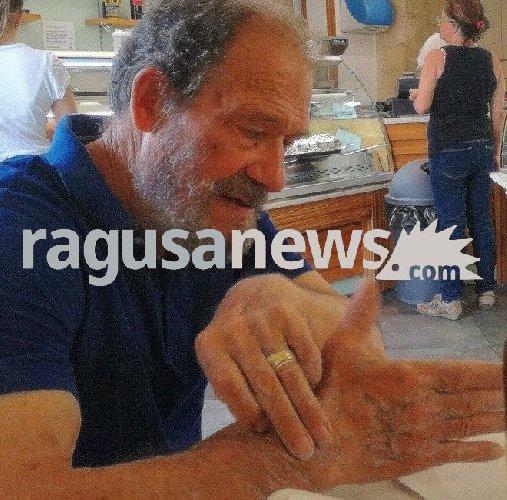 https://www.ragusanews.com//immagini_articoli/03-02-2018/morto-professor-angelo-occhipinti-recito-kaos-taviani-500.jpg