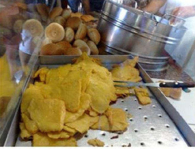 https://www.ragusanews.com//immagini_articoli/03-02-2018/palermo-ghiotta-cibo-strada-mercati-storici-salute-500.jpg