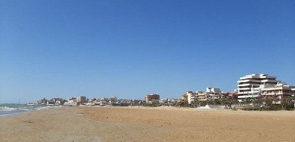 https://www.ragusanews.com//immagini_articoli/03-02-2021/1612345464-pozzallo-zona-blu-lo-splendido-mare-d-inverno-foto-video-7-280.jpg