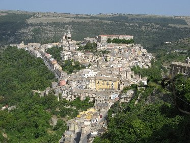 https://www.ragusanews.com//immagini_articoli/03-02-2021/case-ok-il-prezzo-e-giusto-santa-croce-1-125-euro-m-ragusa-799-280.jpg