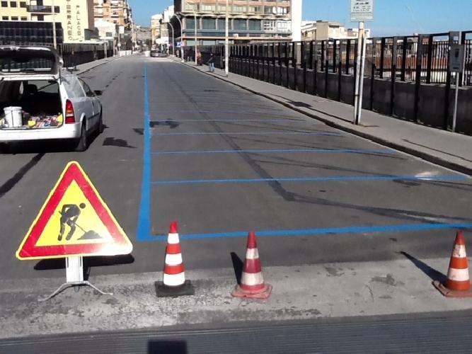 http://www.ragusanews.com//immagini_articoli/03-03-2014/strisce-blu-a-ragusa-tolti-i-15-minuti-di-tolleranza-piccitto-replica-500.jpg
