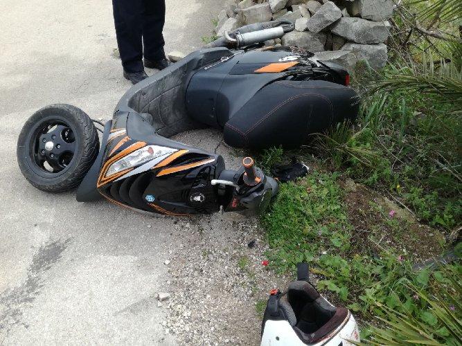 http://www.ragusanews.com//immagini_articoli/03-03-2018/incidente-modica-pozzallo-grave-43enne-500.jpg
