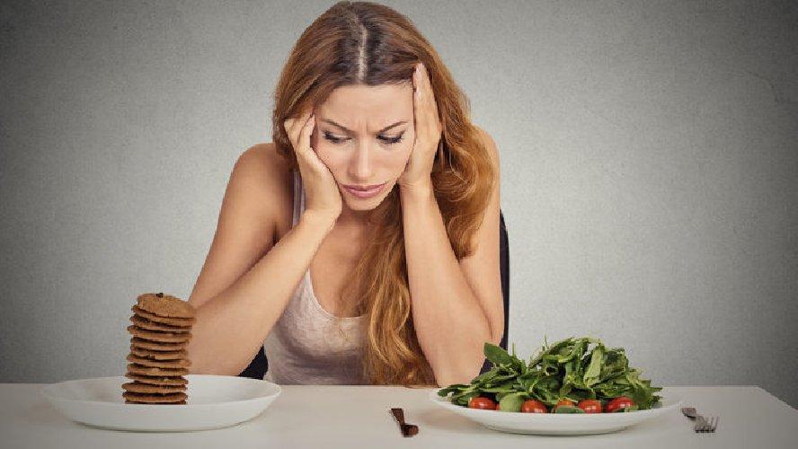 https://www.ragusanews.com//immagini_articoli/03-03-2019/vegetariana-evita-errori-fanno-ingrassare-500.jpg
