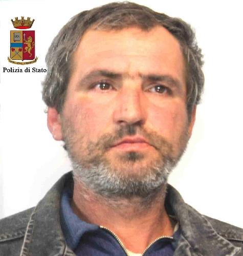 http://www.ragusanews.com//immagini_articoli/03-04-2015/arrestato-rumeno-su-mandato-cattura-europeo-500.jpg