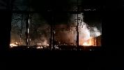 http://www.ragusanews.com//immagini_articoli/03-04-2017/incendiato-capannone-commercializzazione-ortofrutta-100.jpg