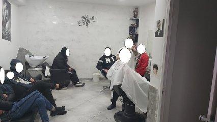 https://www.ragusanews.com//immagini_articoli/03-04-2020/catania-garage-trasformato-in-sala-da-barba-otto-denunciati-240.jpg