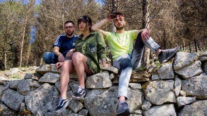 https://www.ragusanews.com//immagini_articoli/03-05-2018/jerzy-andrea-cunta-giuliana-cascone-progetto-musicale-240.jpg